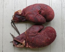 vintage_gloves